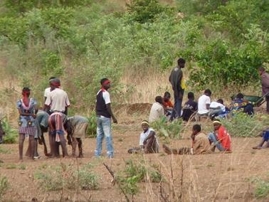 ラボラサンクララ村はバンフォラに近く.jpg