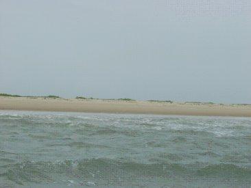 外洋(大西洋)は波が高く.jpg