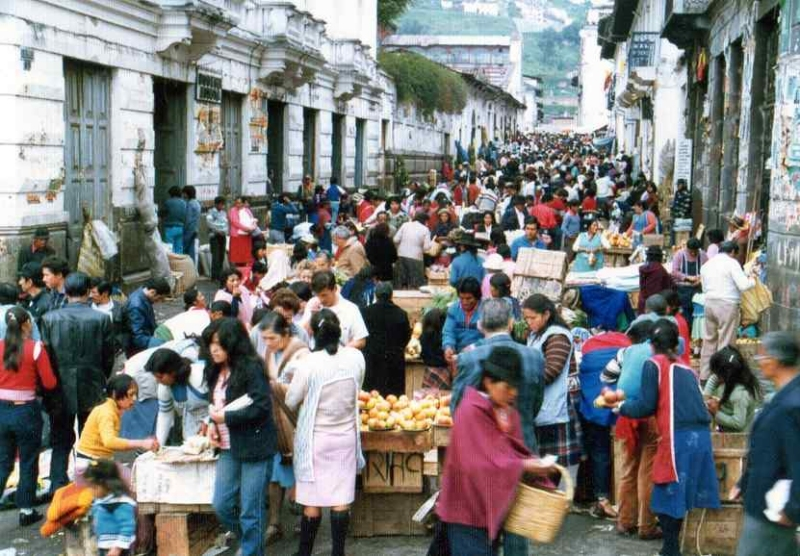旧市街の市場 (1985年).jpg